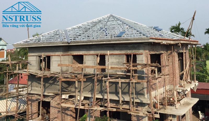 Khung mái nhà bằng thép mạ nhôm kẽm